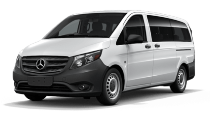 2019-Mercedes-Benz-Metris-head